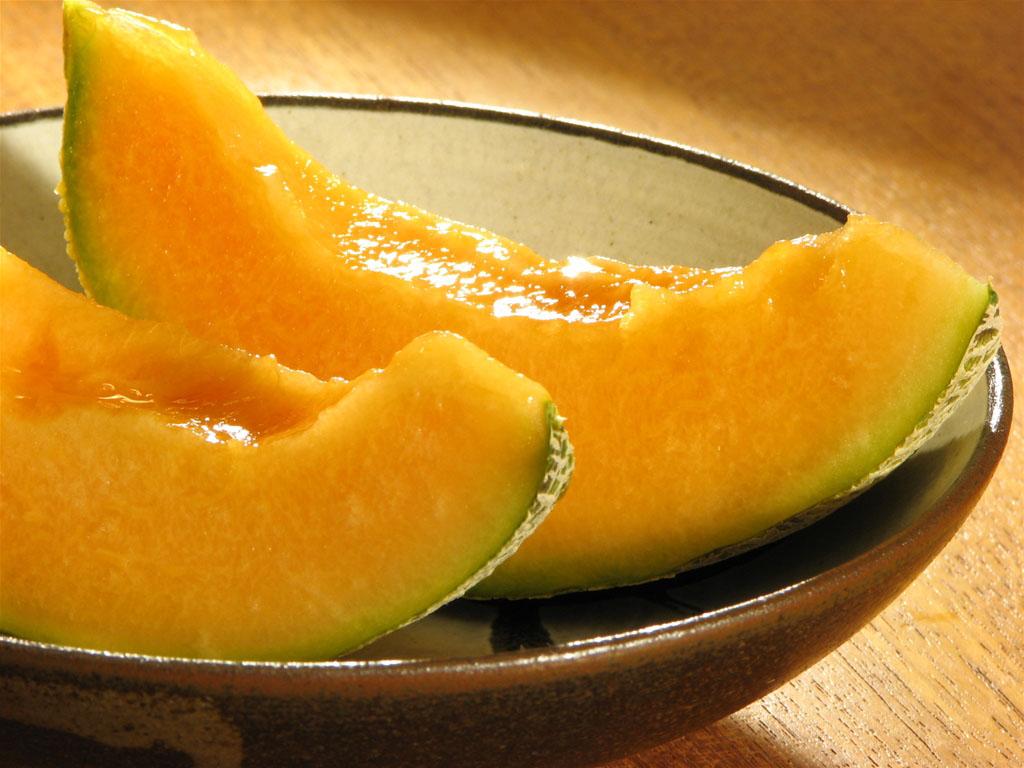 дыня фрукт или ягода